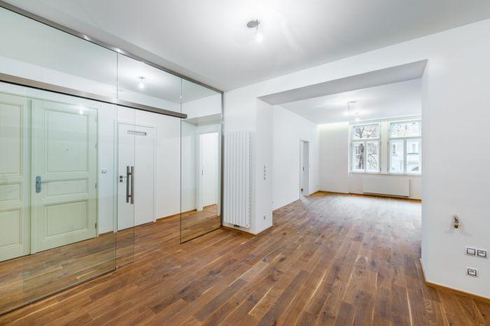 Foto ukázkového bytu - Půdní byt 2+kk, plocha 46 m², ulice Vratislavova, Praha 2 - Vyšehrad, cena 4 665 000 Kč | 6
