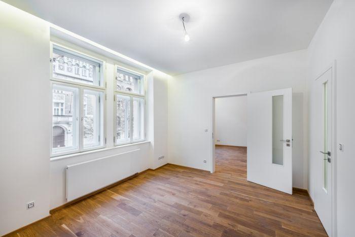 Foto ukázkového bytu - Půdní byt 2+kk, plocha 46 m², ulice Vratislavova, Praha 2 - Vyšehrad, cena 4 665 000 Kč | 7