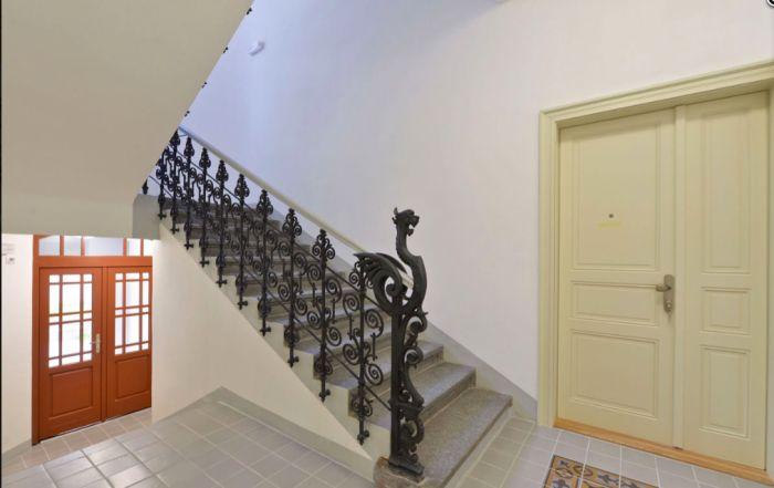 Půdní byt 2+kk, plocha 46 m², ulice Vratislavova, Praha 2 - Vyšehrad, cena 4 665 000 Kč | 3